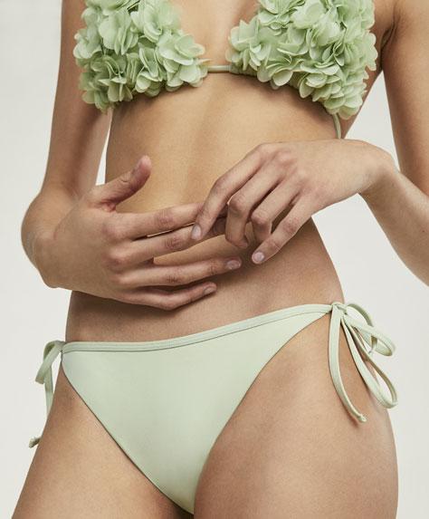 Braguita bikini brasileña flores