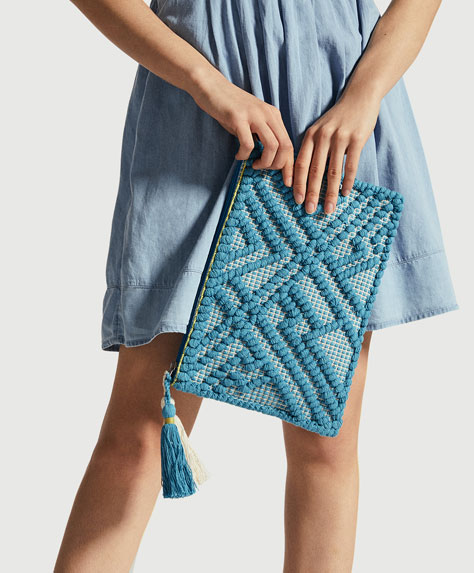 Clutch made of handwoven fabric