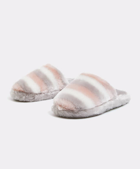 Three-tone fuzzy mule slippers
