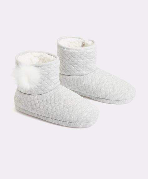 Quilted ankle slipper boots with pompom