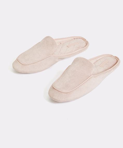 Women's velour slippers