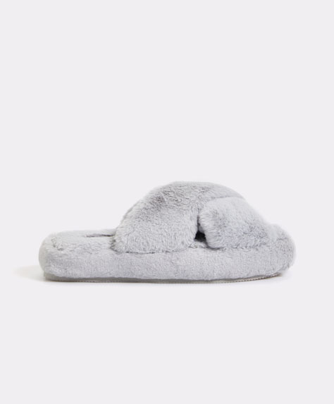 Flatform teddy slipper
