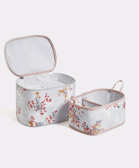 Camellia flower toiletry bag