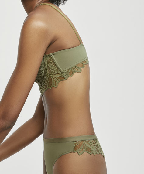 Tanga hipster in pizzo color cachi con foglie