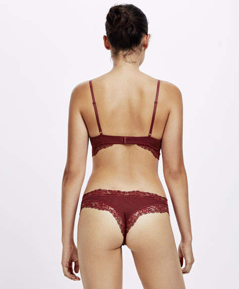Ribbed Brazilian briefs with lace trim
