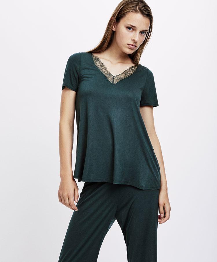 4446982950bf Blonde lace T-shirt - Top Half - Sale - Pyjamas and homewear