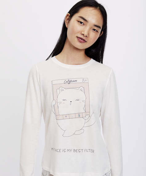 Long-sleeved cat T-shirt