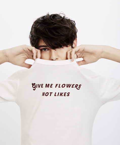 Shirt give me flowers