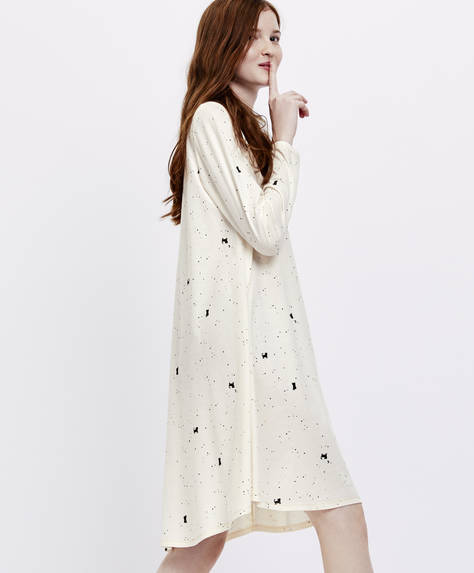 Long-sleeved kitty nightdress