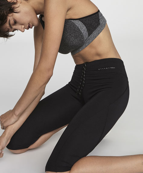 Basics-Fitnessleggins in 3/4 Länge