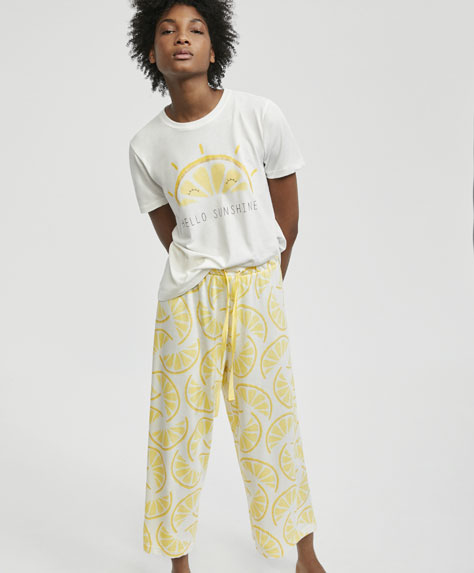 Lemon print capri trousers