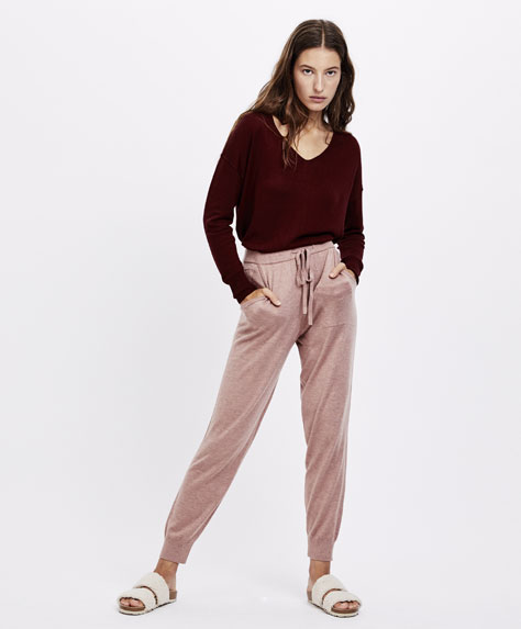 Ribbed fine knit trousers