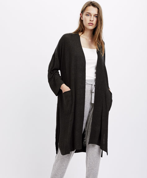 Jacket with side vent