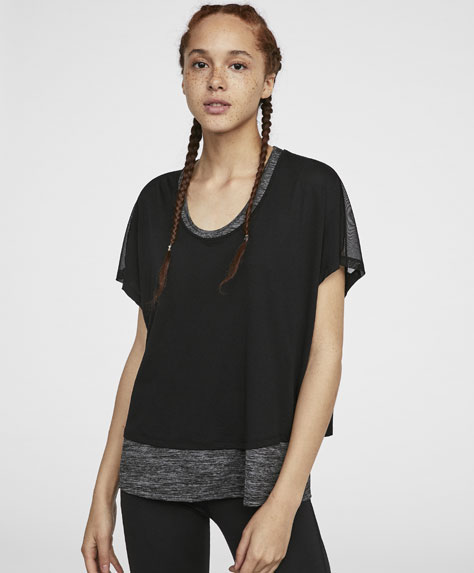 Double-layer T-shirt with short sleeves