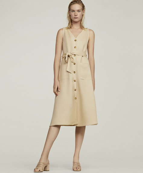 Long linen dress with buttons
