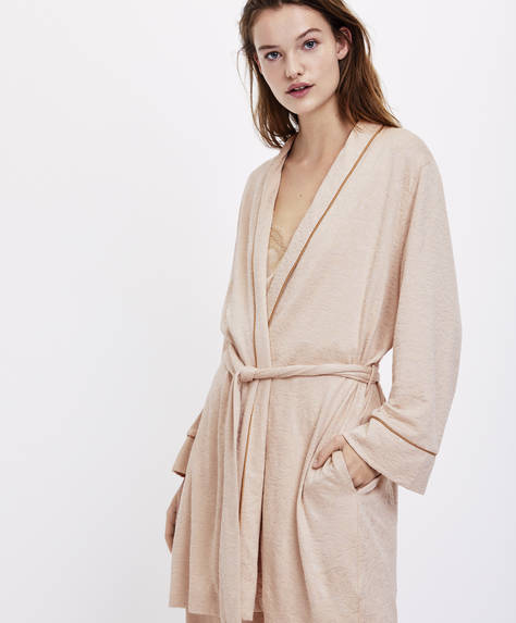Long-sleeved bath robe