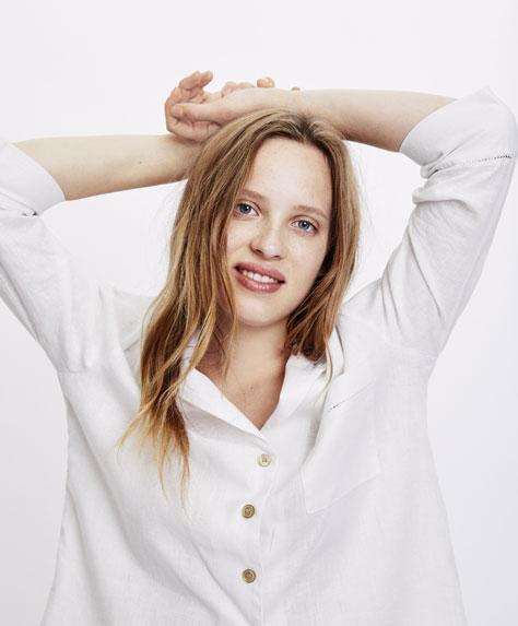 Camicia a maniche lunghe in lino bianco