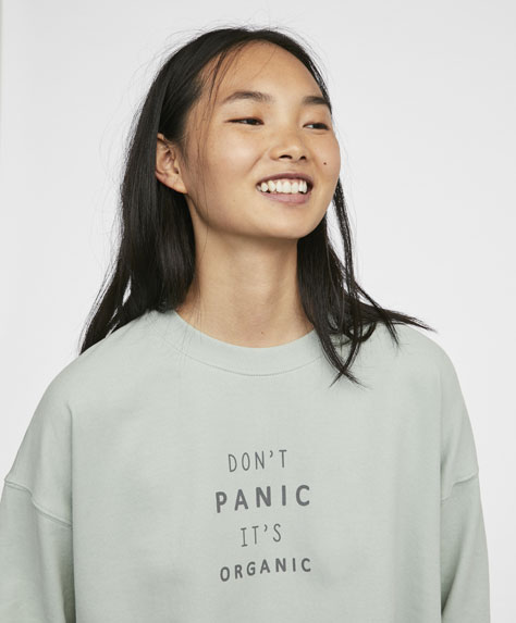 'Don't Panic' long sleeve sweatshirt