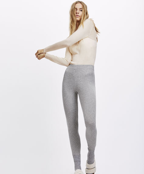 Plain-coloured ribbed leggings