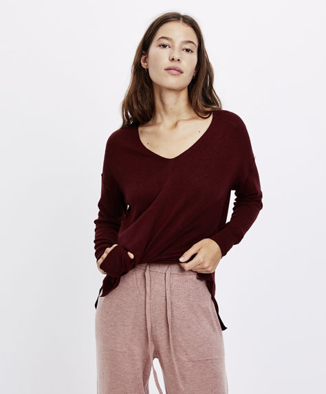 Fine knit cashmere sweater