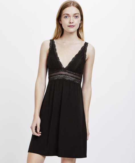 Basic geometric lace nightdress
