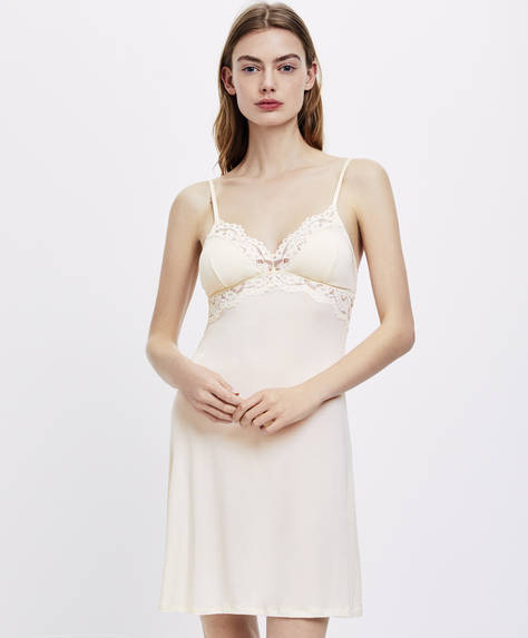 Modal nightdress with lace trim