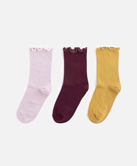 3 pairs of coloured socks