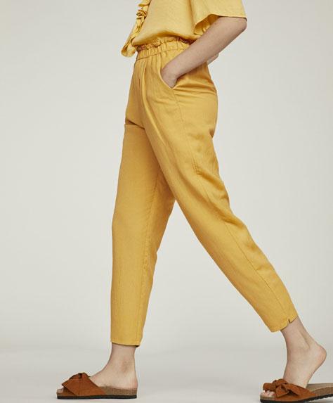 Длинные базовые брюки изо льна.