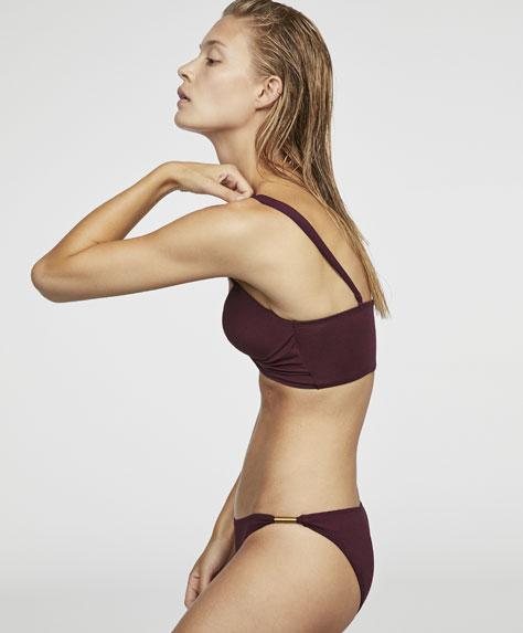 Gładkie klasyczne figi od bikini