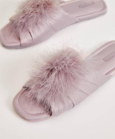 Sandales pompon plumes