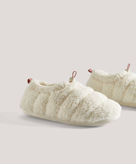 Faux shearling closed toe slippers