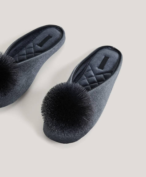 Sateen pompom slippers