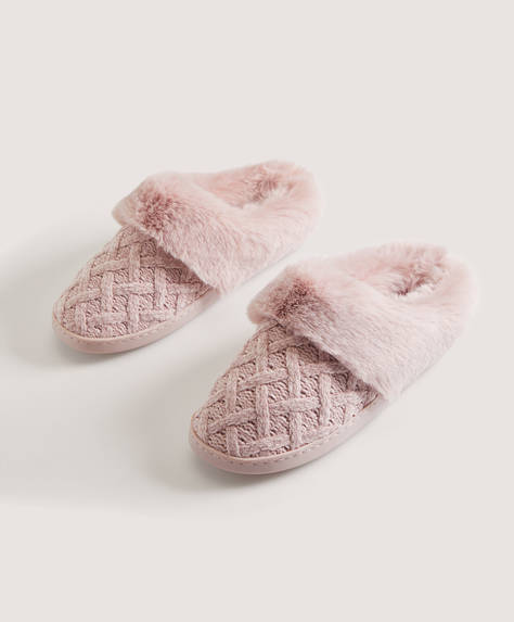 Soft chenille slippers