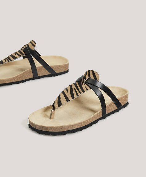 Sandália com animal print