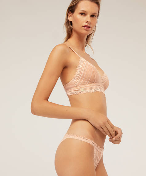 Strappy Brazilian briefs in geometric lace