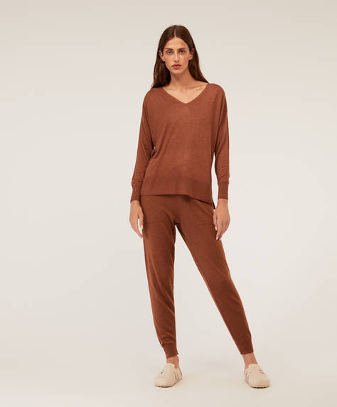 Long knit trousers