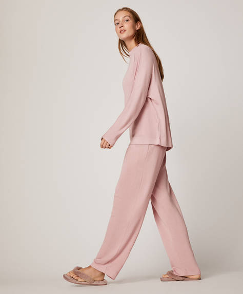 Soft pink trousers