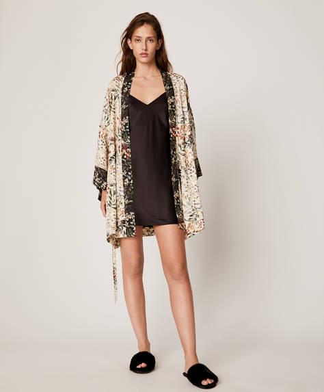 Длинный халат с изящным цветочным принтом