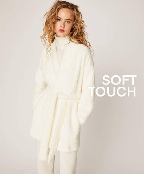 White kimono bath robe