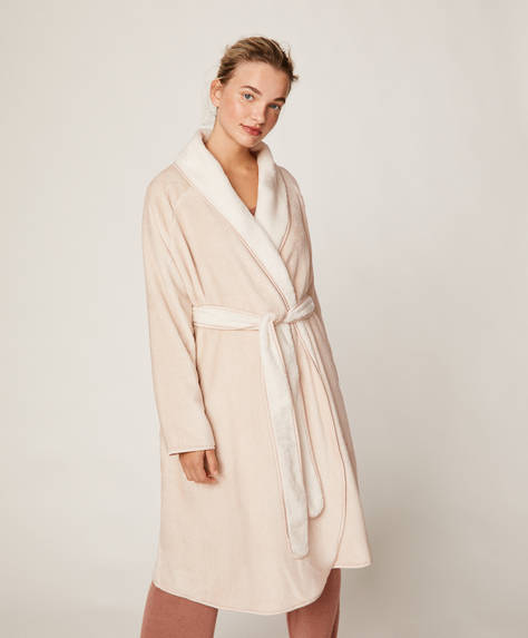 Long two-tone bath robe