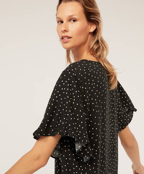 Black dotty short-sleeved shirt