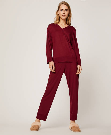 Plain burgundy trousers