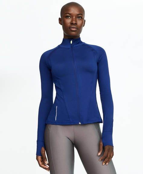 Blue technical jacket for outdoor runs