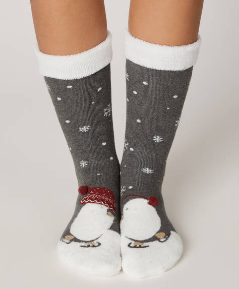 1 pair of penguin fleece socks