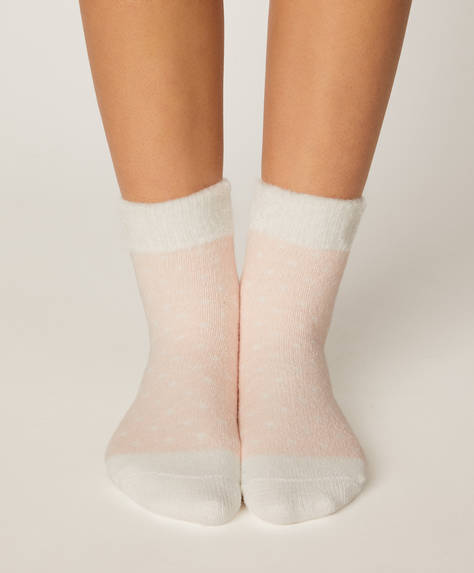 1 pair of stripe fleece socks