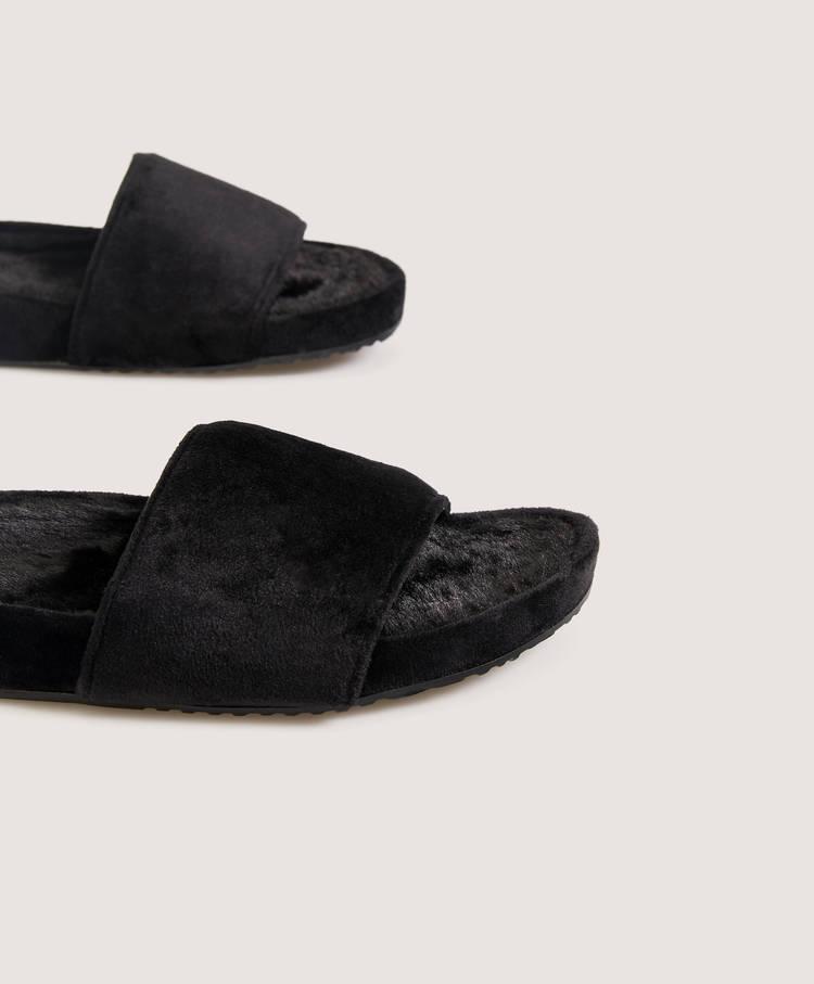 76646cf3c8bd House sandals - Slippers - Pyjamas and homewear