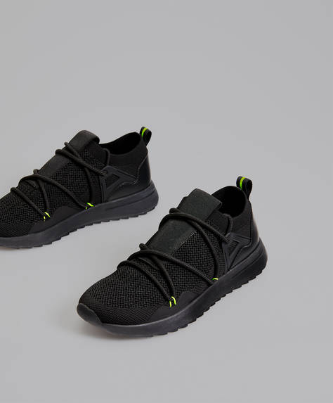 Trainers with neon detail