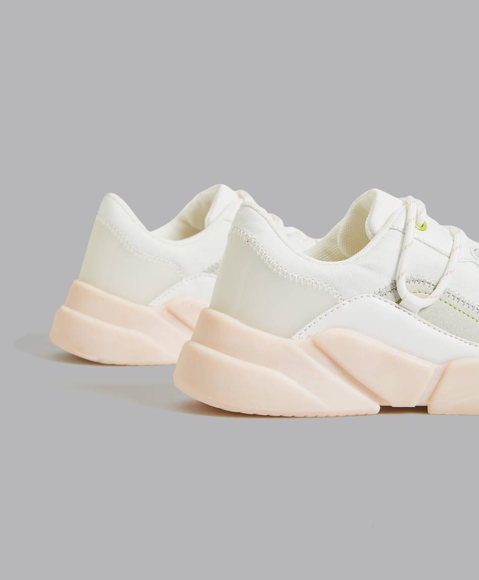 2e6d183c770 Αθλητικά παπούτσια - Ανά προϊόν   Spring Summer 2019 - Oysho Greece ...