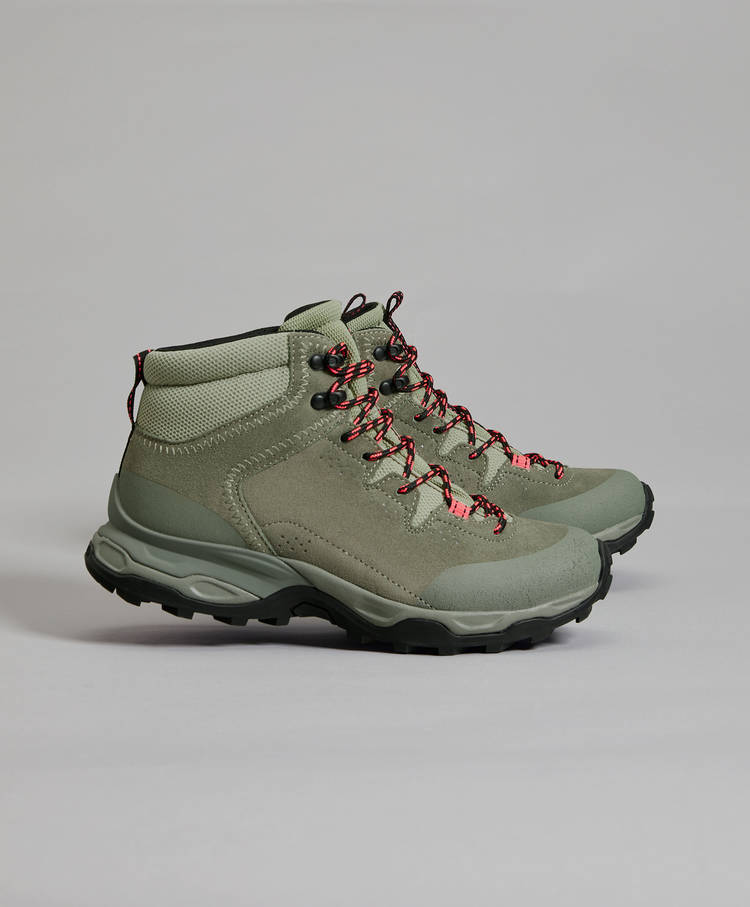 a92796b02ad Hiking boots