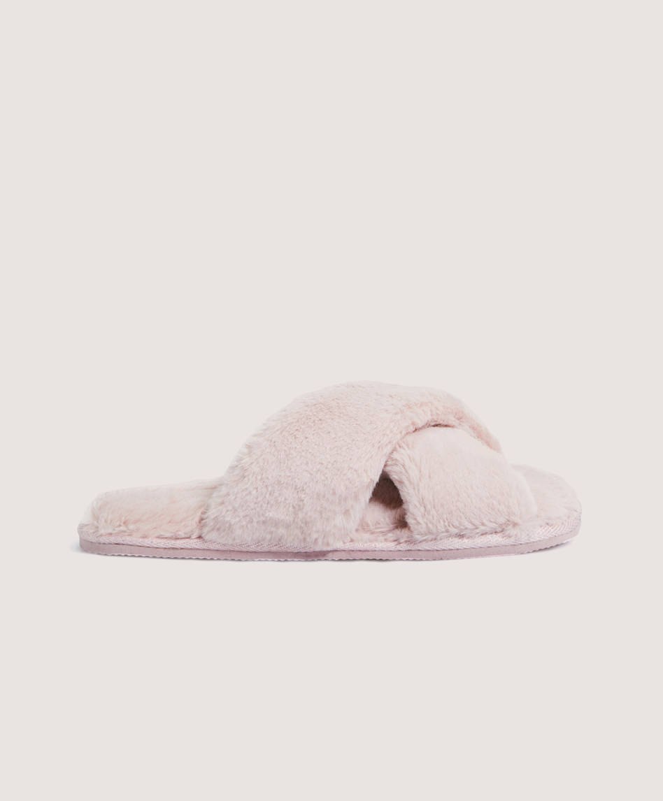 966a5b4e99a0 Furry slippers with crossover straps